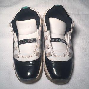 Jordan Sneakers for Boys 6Y
